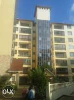 Siaya road beautiful 3 bedrooms apartment to let