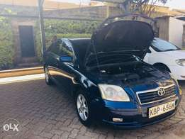 Clean Toyota avensis