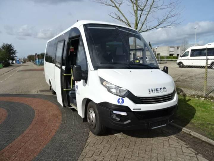 Iveco Rosero First Model 2020 - 29 Sitze **NEU** - 2019