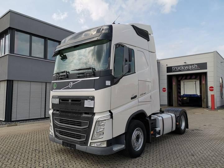 Volvo FH 460 4x2 / 2 Tanks / VEB / Euro 6 - 2015
