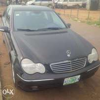 Nigerian-Used Mercedes-Benz C320, 2005, Very Okay