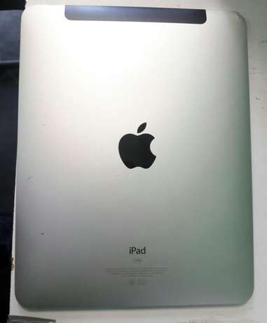 Apple IPad 2 wifi + 3g Nyali - image 2