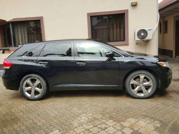 Sharp and clean Toyota venza no issues Port Harcourt - image 2