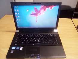 TOSHIBA i5 4GB Ram 150GB Harddrive Laptop