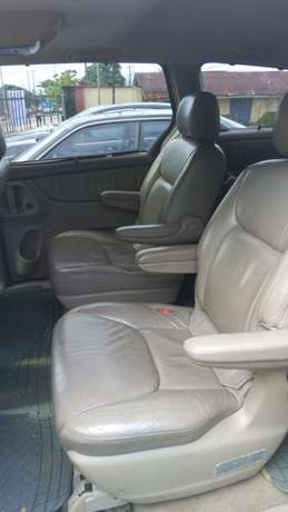 Toyota sienna 2006 model available for sale Calabar - image 5