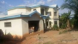 Almost complete house in Kumasi for quick sale