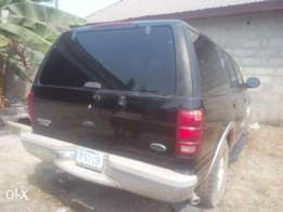 Bebeto motors is there to help you with good motors FORD expedition
