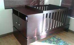 Bedroom in a box - Baby Cot