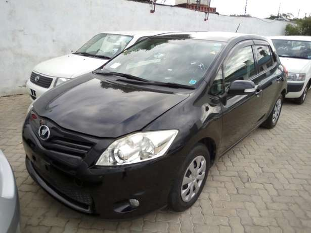 New import new number Toyota Auris Black Fully loaded Mombasa Island - image 2