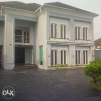 classic 5 bedroom duplex with swimming pool in Somitel estate