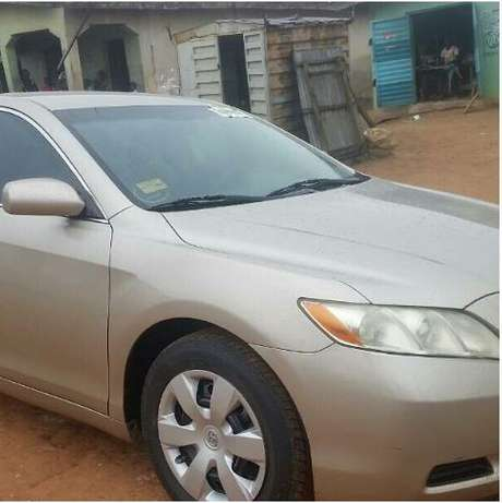 2008 Toyota Camry LE Toks Accident Free Super Clean VIN Available Surulere - image 3