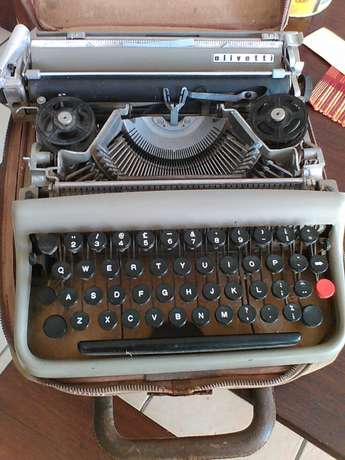 Old, portable Olivetti typewriter Pietersburg North - image 2