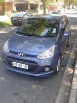 Hyundai i 10 1.2 blue in color 13000km 2014 model R110000 automatic