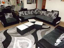 L sofa 8 seater with colored pillows