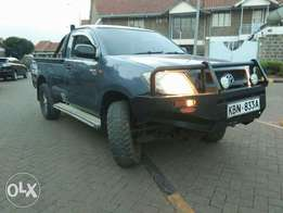 Toyota Hilux Pick Up, 2010,Local,2500cc,Diesel,manual at 1.6m