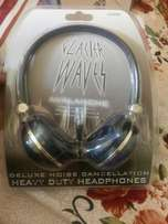 Heavy duty headphones used for iPhone,ipod,mp3&any 3.5 mm Jackplayer