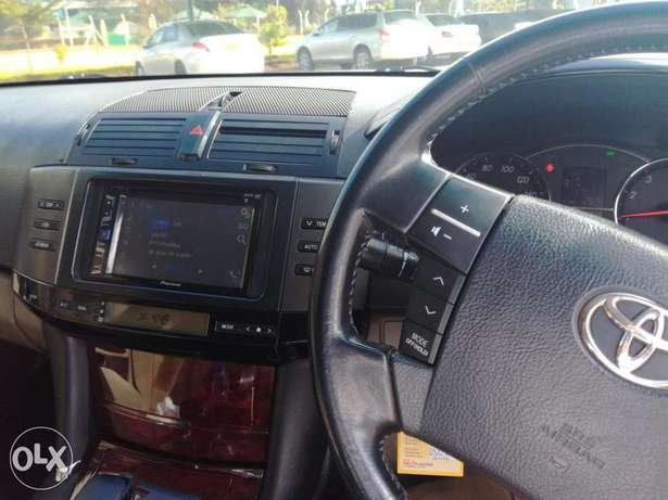 Toyota Mark X..Four Wheel Drive..Wood Interior..Excellent Condition Nyayo - image 7
