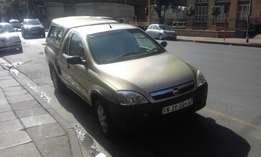 Chevrolet corsa bakkie 1.4 gold in color 2011 model 85000km R108000