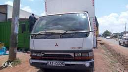 Quick sale! Mitsubishi canter 4d 32 KAT available at 870k asking price