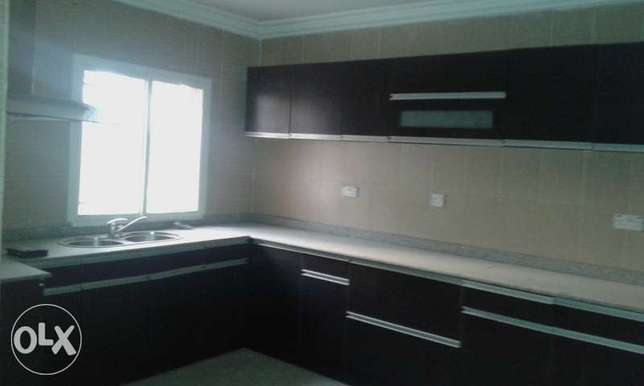 A Lovely 2 Bedroom Penthouse for Rent in Lekki Phase 1, Lagos. Ikoyi - image 3