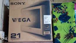 "SONY wega 21"" trinitron color tv"