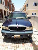 Lincoln Navigator (1998)-registered