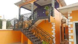 5 bedrooms+ swimming kasoa road sale