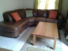 coffee table solid wood in excellent condition for sale