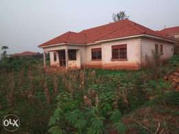 100*100 multi family house for quicksale
