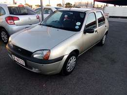 Ford Fiesta 1.6i 2001 on special sale R35000
