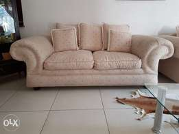 Full lounge suite for sale