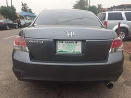 Honda Accord (2009) in a perfect working condition