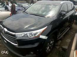super clean Toyota Highlander XLE 2016 tumb start full option