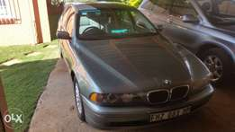 Bmw 525i a/t e39 one owner