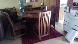 Dinning table (6seater)