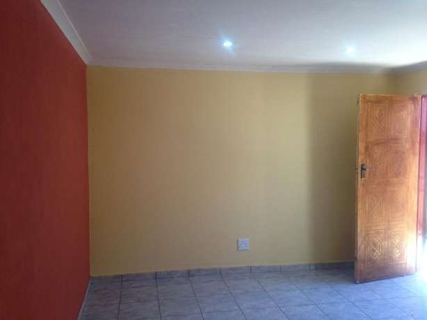 Wow Rooms to Let Soshanguve - image 3