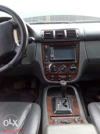 Neatly used 02 Mercedes-Benz ML 320 Ojo - image 7