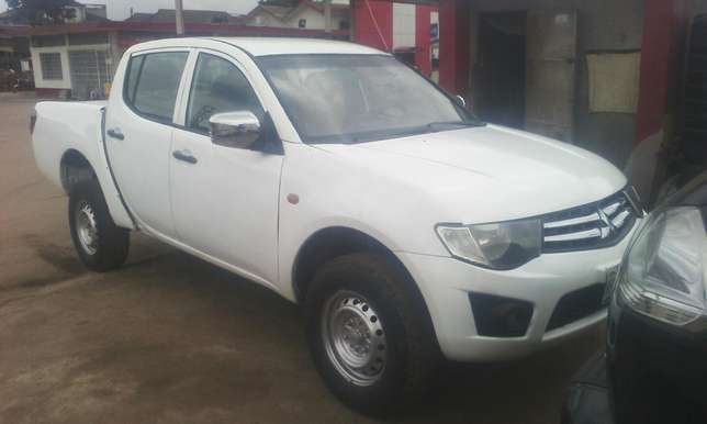 A clean mitsubishi L200 pick up Agege - image 1