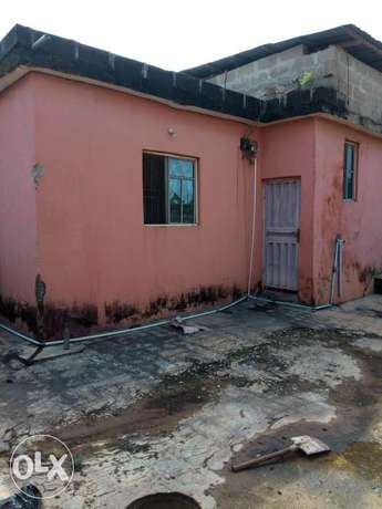 3 bedroom decked bungalow on a full plot of Land in Ipaja Command Ipaja - image 3