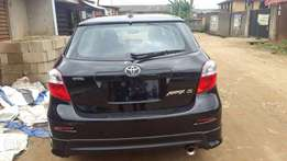 Very Clean Tokunbo Toyota Matrix Sport 08