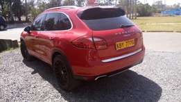 Porsche cayenne, 2014,3600 V6,auto,petrol,wine red, alloy, cln at 7.5m