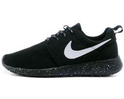 c70f1acd1905b Nike Roshe Run Oreo black with white buty sportowe do biegania 39 40