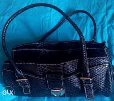 Leather Handbag ** KSh1000**