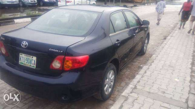 Manual Gear Reg 2009 Toyota Corolla LE In A Buy And Drive Condition. Lekki - image 8