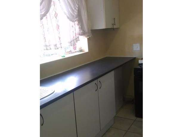 Spacious 2 Bedroom Flat for sale PRICE REDUCED!!! Kempton Park - image 7