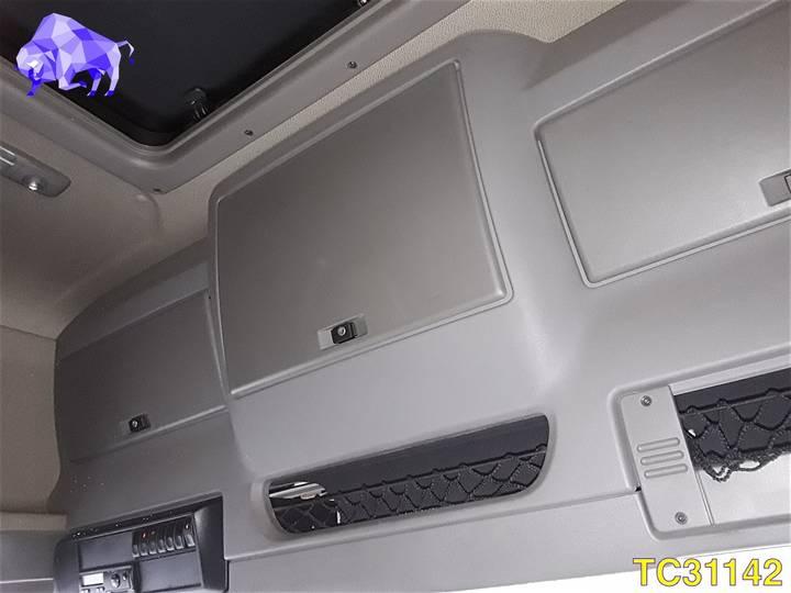 DAF CF 85 410 Euro 5 - 2010 - image 10