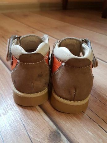 Архів  Босоніжки Ortopedia 21р  350 грн. - Дитяче взуття Заліщики на Olx 9da9474b70111