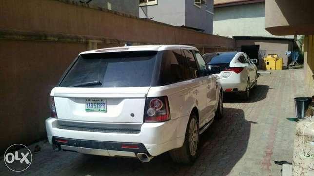 2008 upgraded to 2012 Range Rover Sport Lagos Mainland - image 2