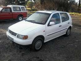 Volkswagen polo foresale