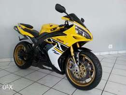 Yamaha R-1 SP LE Yellow :.